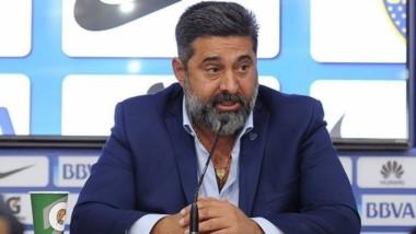 """Angelici: """"Es cierto que Tapia es socio de Boca""""."""