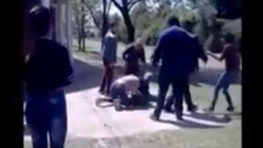 Dos mujeres, madres de dos pequeños alumnos de un jardín de infantes, se pelearon a golpes de puño en la puerta de la institución ubicada en la ciudad de Bragado.