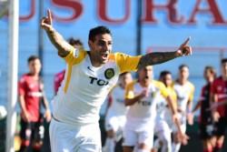 Central, entusiasmado por su pase en Copa Argentina, recibe a Colón por la Superliga.