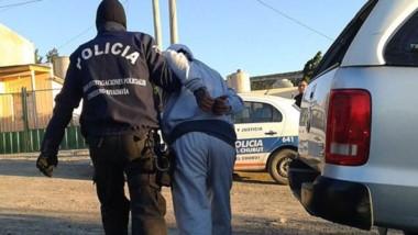 Las detenciones de los sujetos de 23 y 36 años se llevaron a cabo en el transcurso de los seis allanamientos.