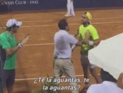 Vergonzoso final entre Facundo Arguello y Carlos Berlocq.  Casi a las trompadas en cuartos de final en el Uruguay Open.