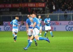 En un duelo que estuvo interrumpido por las intensas lluvias, el equipo de Ancelotti lo dio vuelta y derrotó 2-1 a Genoa.