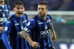 Al ángulo! Golazo de Papu Gómez para Atalanta en el triunfo sobre el Inter de Mauro Icardi.