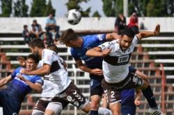 Brown y Platense no pudieron abrir el tanteador en el estadio Cayetano Castro de Trelew.