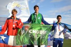 El comodorense Lautaro Mantello con una marca de 1.89 m se quedó con la medalla de oro en salto en alto.