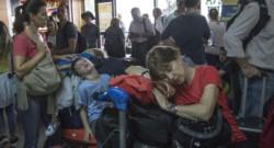 Aerolíneas Argentinas recomendó a sus pasajeros consultar a partir de este viernes el sitio web de la compañía y