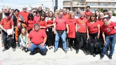 Esperanzados. Una postal de los miembros del sector rojo que buscan sumar delegados en la Cooperativa.