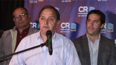 """: """"Vamos a fortalecer el presupuesto y a seguir trabajando por los que menos tienen"""" dijo Linares."""