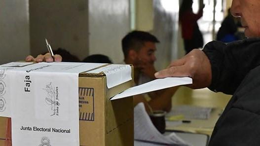 Editorial / El adelantamiento de las elecciones llega a la Justicia y habría un fallo contundente