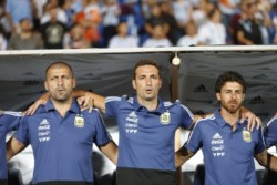Fue el último partido de Scaloni interino de la Selección Argentina pero todo indica que en los próximos días será rectificado como DT definitivo.