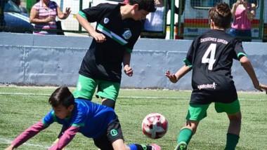 """La acción de la última jornada del torneo """"El Aguante"""", se realizó en el Centro Deportivo Trelew."""