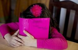 La madre de la menor encontró el diario íntimo de la niña sin el candado de seguridad y decidió leerlo. Allí, la menor revelaba que su padre la había sometido a actos de abuso sexual. (Archivo)