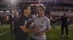 Gallardo se acercó anoche para solidarizarse con los jugadores de Boca horas después de que el partido se suspenda.