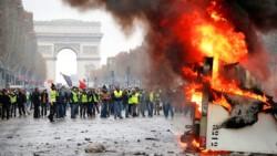 Miles de manifestantes protestaron en el centro de París contra el alza de los combustibles y la pérdida del poder adquisitivo