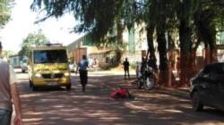 Los policías que llegaron al lugar encontrada tirada en el pavimento a Cecilia Krojoski (34), quien ya estaba fallecida y presentaba una puñalada. (Foto: Elizabeth Amarilla)