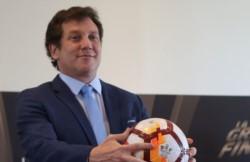 El presidente de la CONMEBOL, Alejandro Domínguez, publicó una carta tras los incidentes en la previa del River vs. Boca.