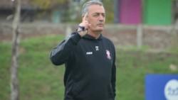 El técnico de Huracán explotó por la postergación del partido ante San Lorenzo.