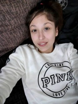 """La víctima fue identificada como Leila Sibara, de 27 años, quien es hermana del actor y humorista Naim Sibara, conocido como """"El Turco Naim""""."""