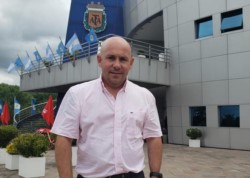 Gustavo Sastre estuvo presente en la Asamblea de AFA.