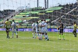 Banfield volvió a la victoria antes del clásico y Aldosivi sumó su tercera derrota en fila.