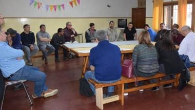 Cumbre. Los legisladores del FPV escucharon las inquietudes de los trabajadores del CAM La Hoya.