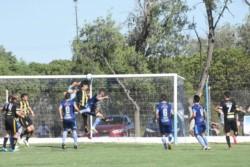 """Deportivo Madryn llega de igualar 1 a 1 con Sansinena, el pasado fin de semana en el estadio """"Abel Sastre""""."""
