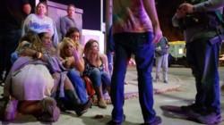 Un pistolero abre fuego en bar en plena fiesta universitaria y deja al menos 12 muertos en Thousand Oaks.