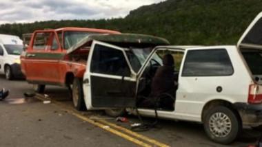 El accidente sucedió cuando impactaron de frente una F-100 y un Fiat.