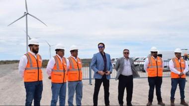 Presentes. Muy cerca de la ciudad del Golfo, otro parque eólico generará energía limpia para inyectar.