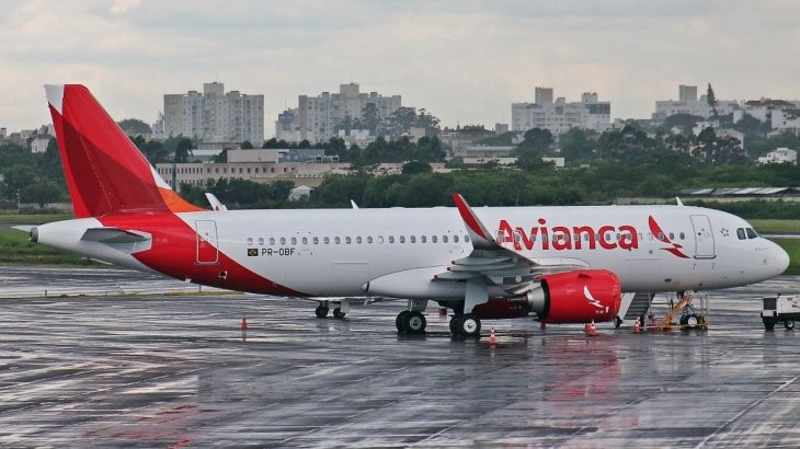 Resultado de imagen para avianca brasil A320 png