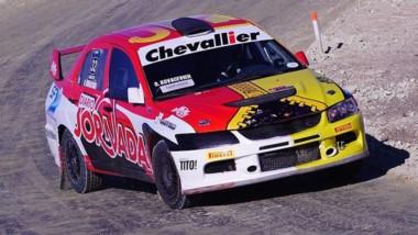 El piloto chubutense, Omar Kovacevich, quiere lograr su tercer título.