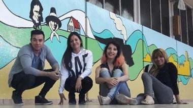 Los artistas Denis Torres y Romina Sommariva destacaron con trazos y nuevos colores el mural.