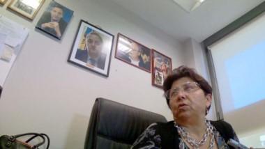 Despacho. La diputada comodorense Viviana Navarro y su análisis político desde su oficina en Rawson.