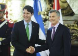 Macri junto al primer ministro de Canadá Justin Trudeau durante una visita reciente.