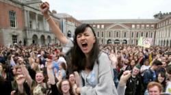 Grito de desahogo! Las mujeres irlandesas podrán llevar a cabo un aborto sin tener que dar explicaciones.