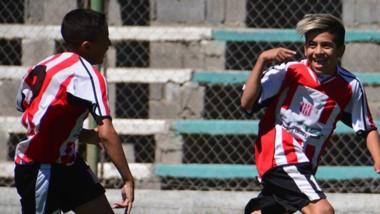 En 2006, Racing Club derrotó a Germinal en El Fortín por 3-1.