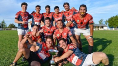 """El primer puesto del Seven quedó en manos de """"Puerco Araña"""", el combinado de Trelew, Patoruzú y Bigornia, al vencer en la final a """"Los Soldaditos""""."""