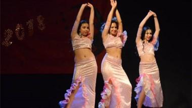 Arte. La Escuela de Danzas Árabes de Rawson cerró el  año con un gran despliegue musical  y  artístico.
