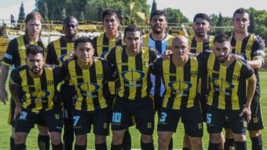 Deportivo Madryn tiene la posibilidad de fichar tres futbolistas en el receso: dos por reglamento y uno por la lesión grave de Hernán Quarta.