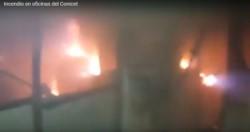 Un incendio destruyó buena parte de un sector del complejo del Conicet en Bahía Blanca provocando pérdidas millonarias en equipos. (Youtube)