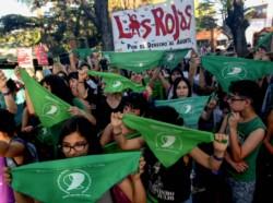 En la movilización también se repudió el fallo de la Justicia bonaerense que absolvió a los acusados del homicidio de la joven de 16 años Lucía Pérez (foto), ocurrido en octubre de 2016