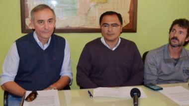 Benedetti, Elías y Biondo, del Área Programática Esquel, dieron las precisiones de los casos.