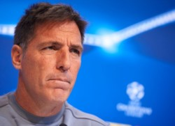 Eduardo Berizzo dejó de ser el entrenador del Athletic Bilbao tras la caída 3-0 ante Levante que puso al equipo vasco en zona de descenso.