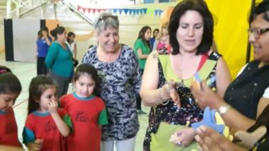 La viceintendente Xenia Gabella acompañó el cierre de la actividad desarrollada en el gimnasio municipal.
