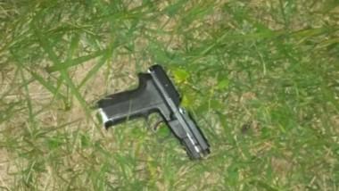 Un policía bonaerense mató a balazos a uno de los dos motochorros que lo quiso asaltar cuando estaba con una mujer policía en un auto en colectora de Panamericana.