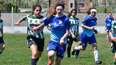 Huracán marcha a paso firme en el Clausura femenino de la Liga del Valle. Ganó los once partidos jugados.