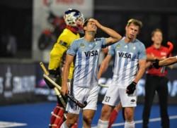 Los Leones reaccionaron pero perdieron 5-3 con Francia. Igual terminaron primeros en su grupo.