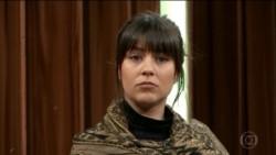 Una coreógrafa holandesa identificada como Zahira Leeneke Maus (foto) y nueve brasileñas que permanecieron en el anonimato acusaron a Faria de hacer que lo masturbaran.