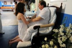 Joao de Deus en pleno trabajo de sanación en su templo.