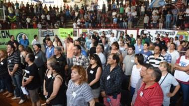 """Los congresales mantuvieron un prolongado debate por el tema de la """"amnistia"""""""